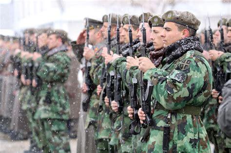 beograd serbian ensemble rado ide srbin u vojnike obrana i sigurnost u srbiji navala na dobrovoljno