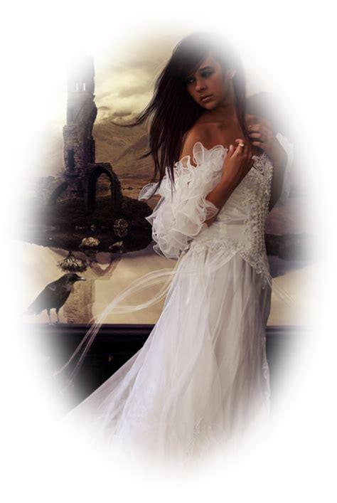kirmizi elbiseli beyaz tenli bayan png resim nisanboard flatcast yeşil elbiseli beyaz eldivenli bayan png nisanboard