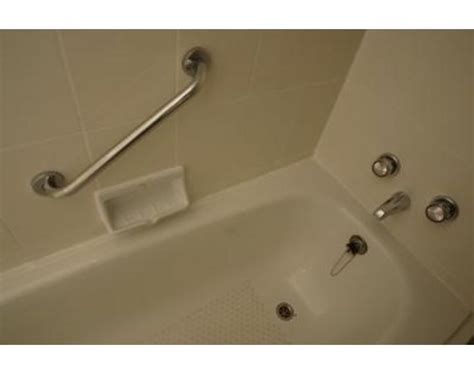 fiberglass cleaner for bathtubs how to clean and restore shine to a fiberglass tub