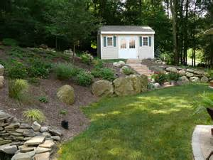 landscaping a sloped backyard 23 fancy sloped backyard landscape ideas izvipi