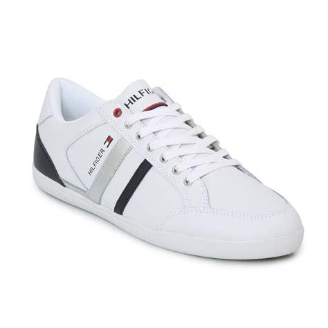 hilfiger shoes size 11