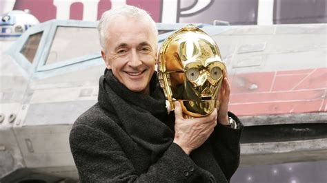 anthony daniels to be strong c 3po actor anthony daniels says new star wars tops