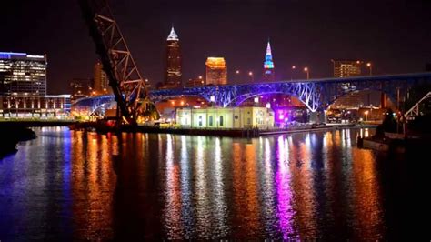 Cleveland S Terminal Tower Rainbow Disco Light Show Youtube Lights Cleveland