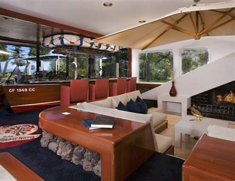 stern boat bar love this boat bar bars lounges pinterest boats