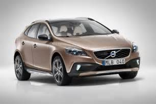Volvo S40 Cc Volvo Shows New V40 Cross Country Ahead Of