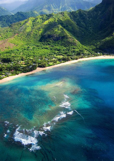 travelingcolors na pali coast   air kauai