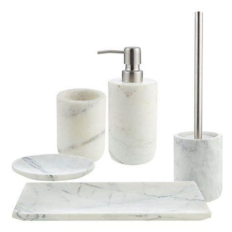 what is a tumbler for bathroom best 25 bathroom tumbler ideas on pinterest designer bathroom accessories bath