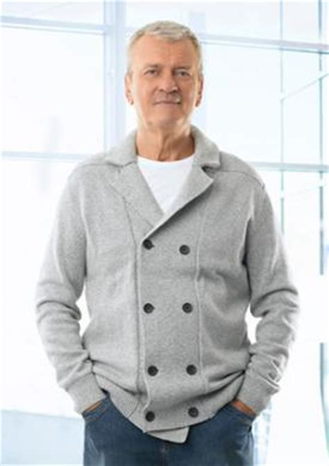 what should a 60 year old man wear casual style clothing for men over sixty lovetoknow