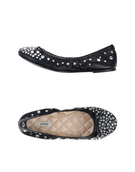 guess flat shoes lyst guess ballet flats in black