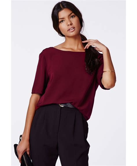 Blouse Livia Blouse Sivon missguided livia backless shell top chain detail oxblood in purple oxblood lyst
