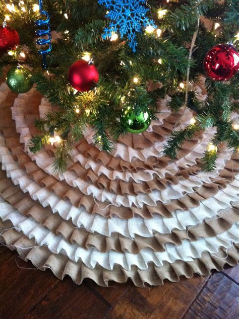 pallet tree skirt 17 best images about a painted nest furniture on pallet bookshelves modern desk and