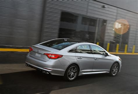 Hyundai Sonata 2015 Sport 2 0t by 2015 Hyundai Sonata Sport 2 0t The Awesomer