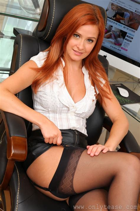 elle richie   stockings   Pinterest   Redheads, Stockings