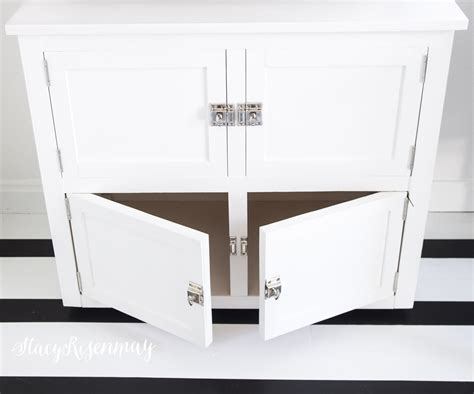 how to paint cabinet doors without brush marks how to paint cabinets without brush marks homeright