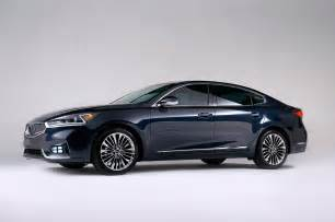 2017 kia cadenza sedan bows in new york automobile magazine