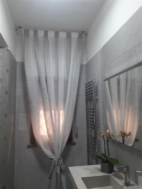 tenda per bagno tenda classica su bastone per finestra bagno tende