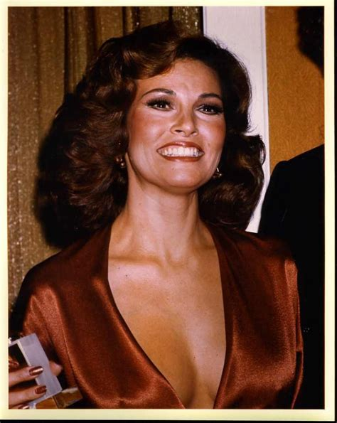 Mac Raquel Welch by 245 Best Images About Raquel Welch On Travel