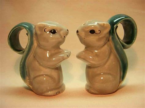 novelty salt and pepper shakers 15174 best novelty salt pepper shakers images on