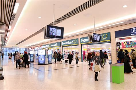 the mall luton shopping centre think luton the mall arndale shopping centres in luton