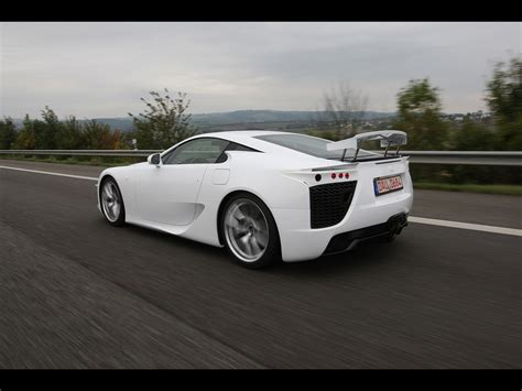 lexus lfa white wallpaper 2012 lexus lfa white rear and side speed 2 1280x960