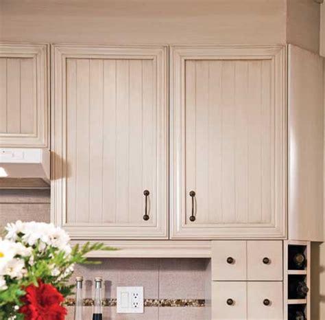 couleur de porte d armoire de cuisine 10 options pour rever vos armoires trucs et conseils