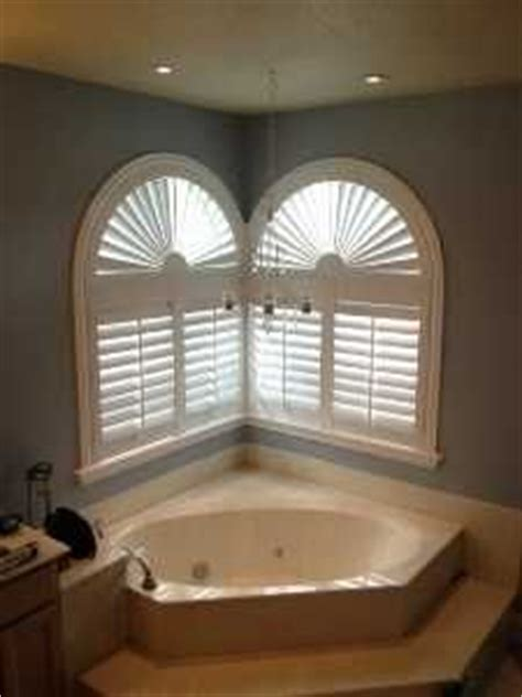 garden tub window treatments 1000 images about bathroom window covering ideas on