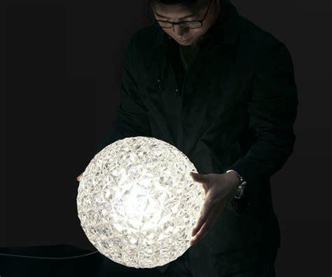 tokujin yoshioka designboom tokujin yoshioka rounds out planet his first lighting