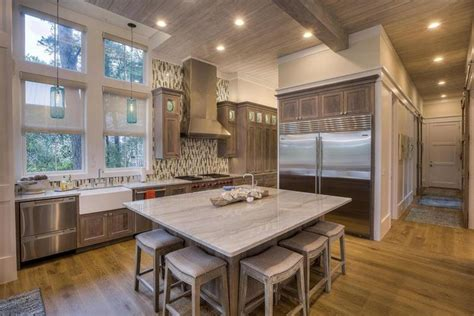 20 gorgeous kitchens with islands messagenote 15 gorgeous kitchen islands page 3 of 3