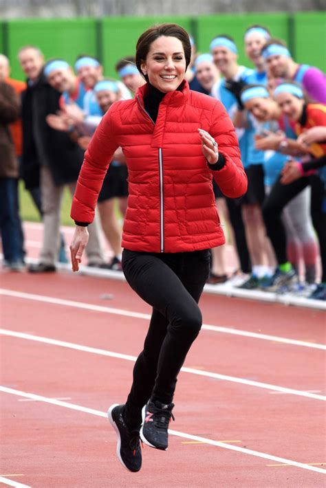 kate middleton and prince william at marathon pictures watch kate middleton sprint in a pair of new balance