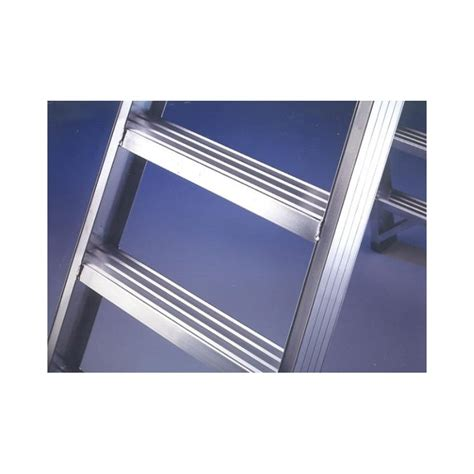 sgabello scaletta sgabello con scaletta doppia in alluminio 4 gradini quot punto