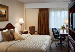 Two Bedroom Suites In Chicago Hotel Rooms Accommodations Park Place Hotel