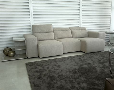divani con seduta allungabile divano con sedute allungabili e recliner divani a