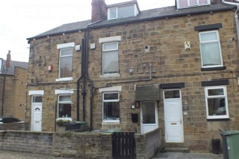 2 bedroom house for rent in leeds terraced to rent 2 bedrooms terraced ls26 property