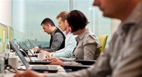 imagenes gratis gente trabajando gente trabajando oficina el ib 233 rico
