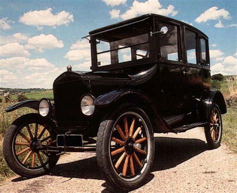 el primer carro de ford se llamaba t lista de carros