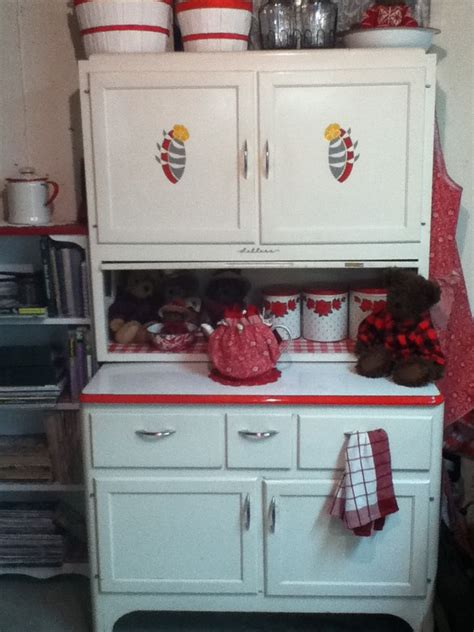 selling kitchen cabinets 1947 sellers cabinet sellers hoosier cabinets pinterest