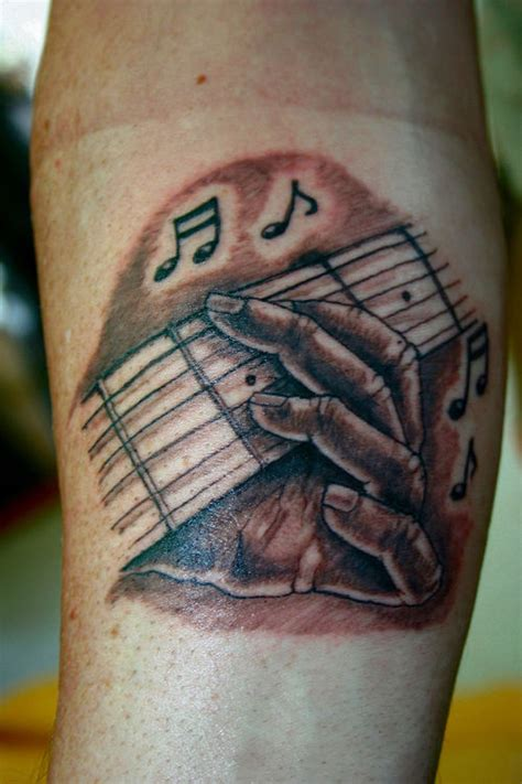 tatouage guitar