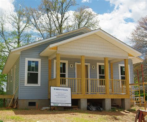 habitat for humanity celebrates five new homes in