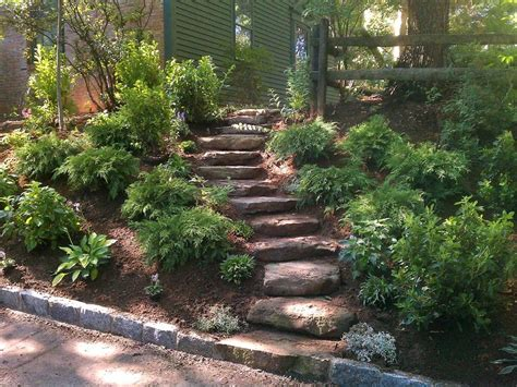 sloping backyard landscaping ideas landscape ideas for backyard slopes izvipi com