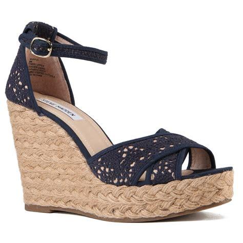Sandal Sepatu Boots Sneaker Wedges Keren steve madden marrvil wedges s evo outlet