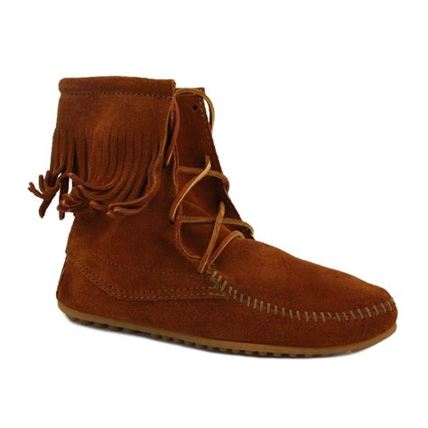 minnetonka boots for minnetonka trer womens laced suede ankle boots brown