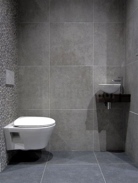 badkamer en toilet ideeen 25 best ideas about kiezel tegels on pinterest