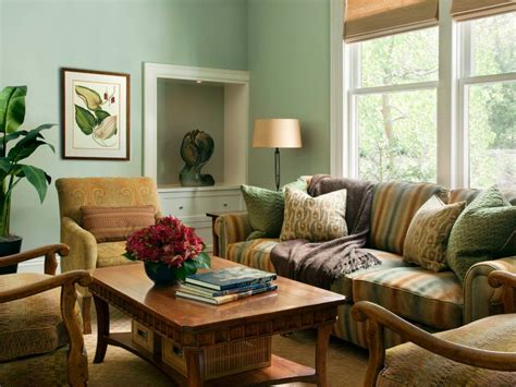 23 Green Wall Designs Decor Ideas For Living Room | living room ideas green walls bruce lurie gallery