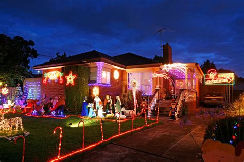 christmas lights illuminate melbourne zimbio