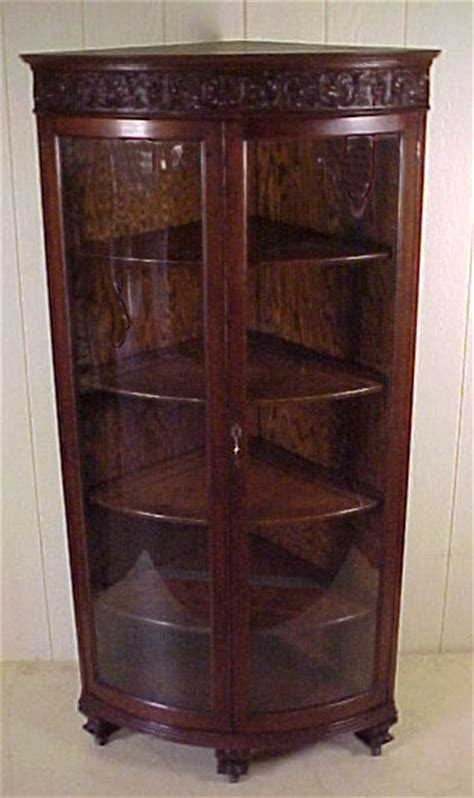 OAK 2 DOOR CURVED GLASS CORNER CHINA CABINET