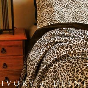 Animal Print Duvet Covers Queen 46 Best Faux Fur Duvet Cover Images On Pinterest Faux