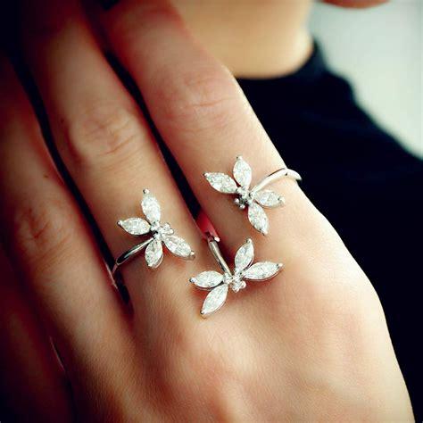 Eheringe Finger by Fancy Dragonfly Two Finger Ring