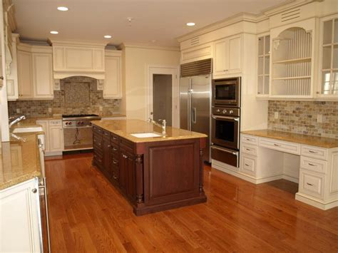 Tile Backsplashes For Kitchens Cream Cabinets Amp Scabos Travertine Backsplash I Don T