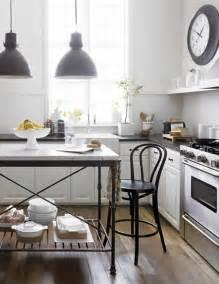 Bistro Table For Kitchen Bistro Kitchen Decor How To Design A Bistro Kitchen