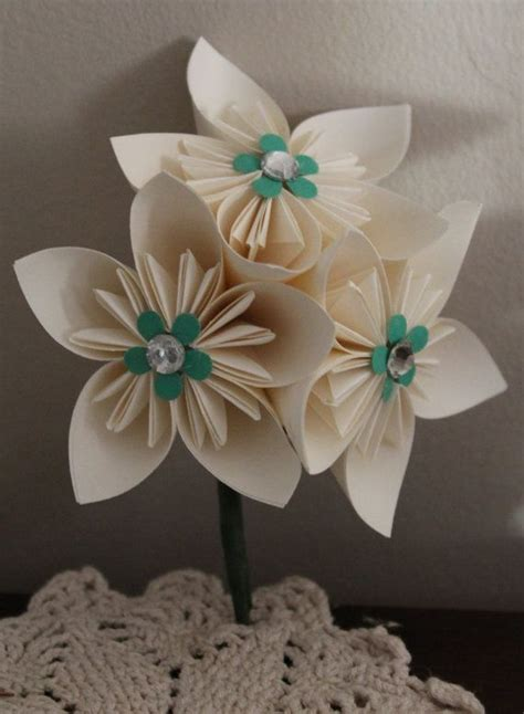 Origami Wedding Flowers - 1000 images about origami wedding ideas on